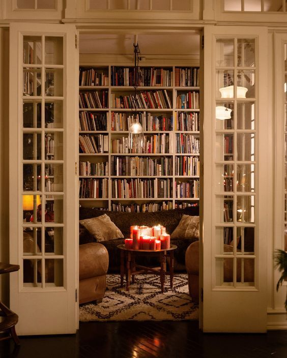 f7d279d06cc2890a08200f9f21542ff3--library-room-decor-library-in-house
